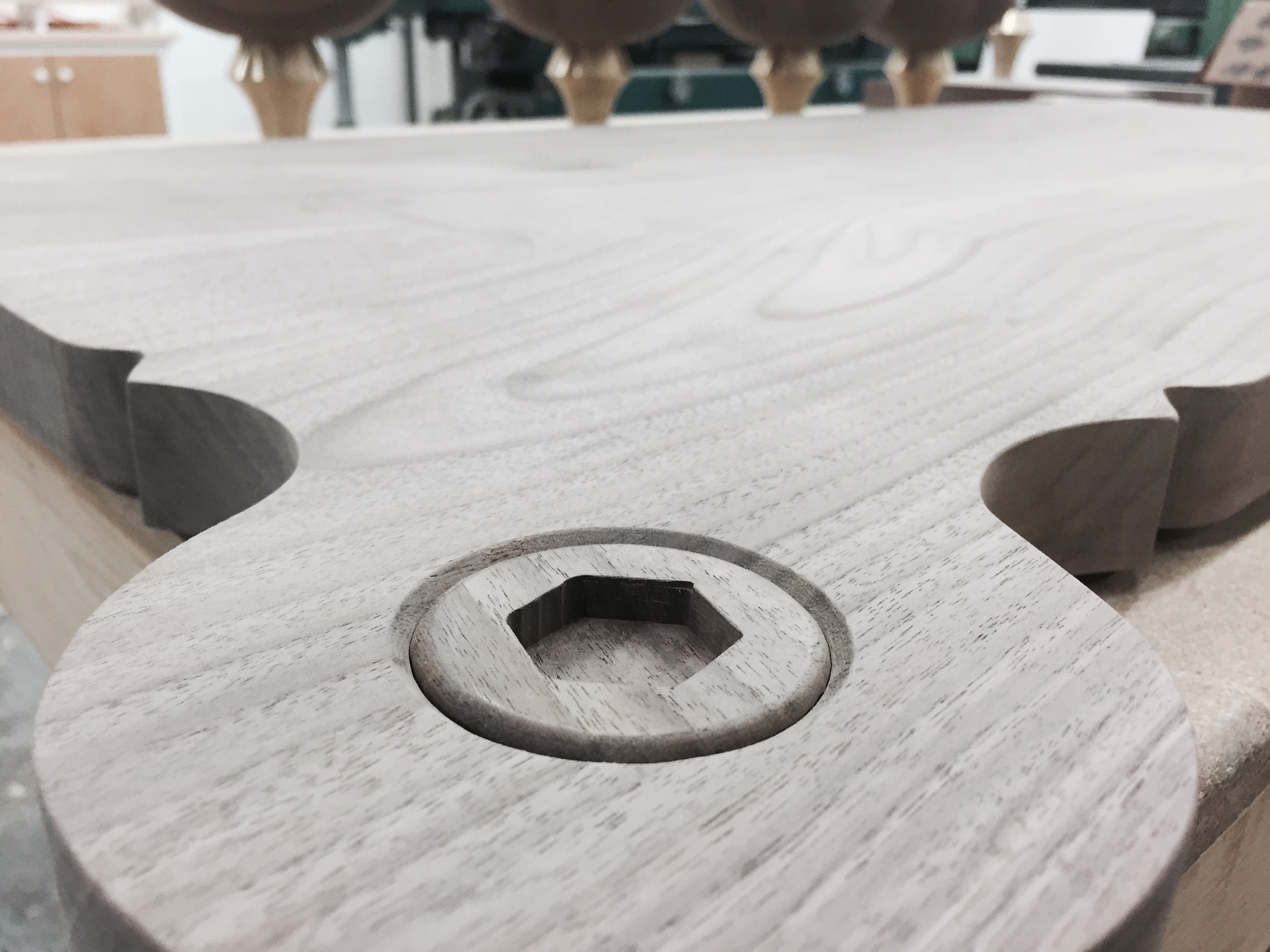 Coffee-table-corner-close-up-3500-3500