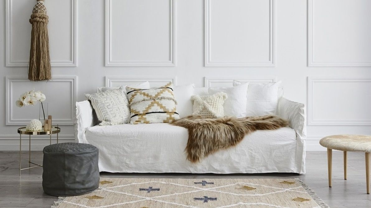 Freshen Up Your Apartment with Simple Decorating Ideas ...