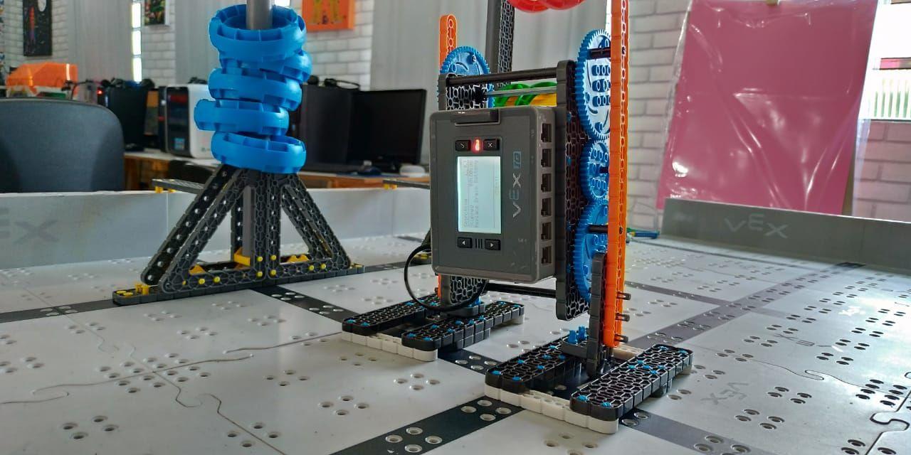 Lucas-lira-robot-human-3500-3500
